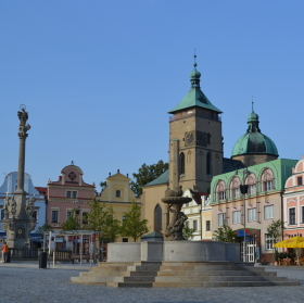 tři dominanty náměstí v Havlíčkově Brodě