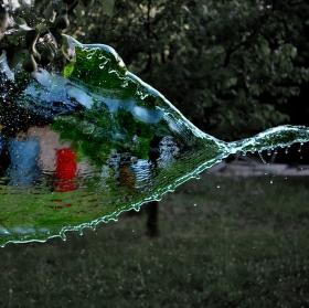 Tam za vodou
