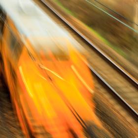 Když se řítí vlak