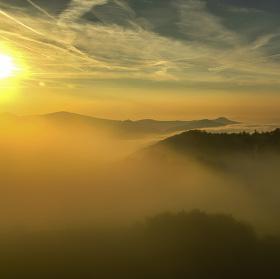 Zamlžené podzimní ráno