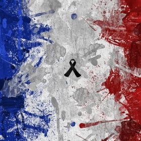 Na památku obětí útoku v Paříži