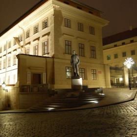 Pražský hrad- Hradčanské nám