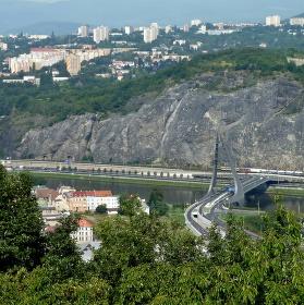 Mosty v UL 1.
