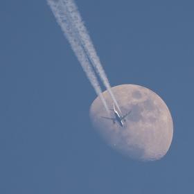 Ze Země na Měsíc - British Airways