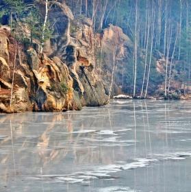 u zamrzlého jezera