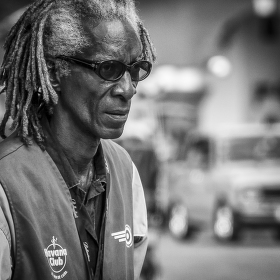 Strážce parkoviště v Havaně
