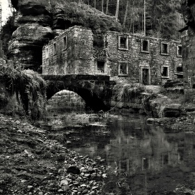 Dolský mlýn