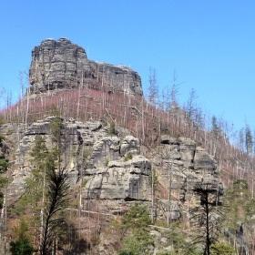 Havraní alias Krkavčí a domorodci nazývaný Vranní skála - skalní útvar v Jetřichovicích