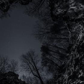 Večer v jeskyni Šipka