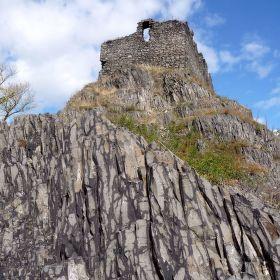 Varhany a hradní věž