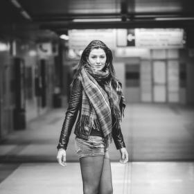 Slečna v metru