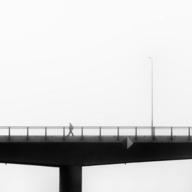 Na mostě ...