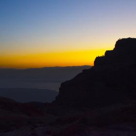 Východ slunce nad Masadou
