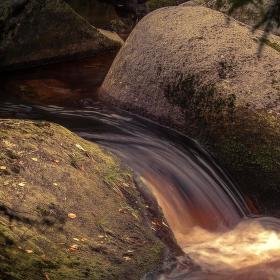 Koupel kamenného obra