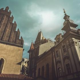 Praha nademnou