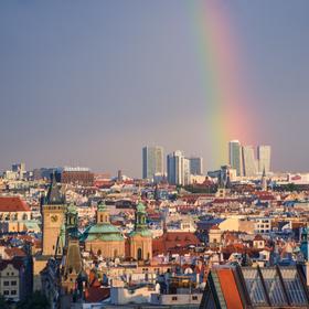 Praha pod duhou