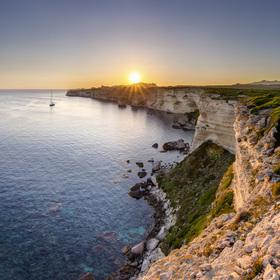 Západ slunce u Bonifacia, Korsika