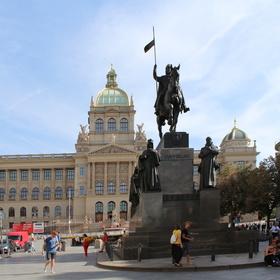 Momentka zPrahy - Muzeum a Václav