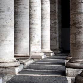 svědci papežových kroků