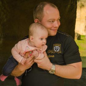 hrdý otec se svou dcerou