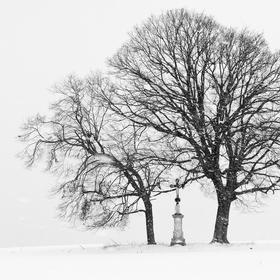 Sníh a kříž