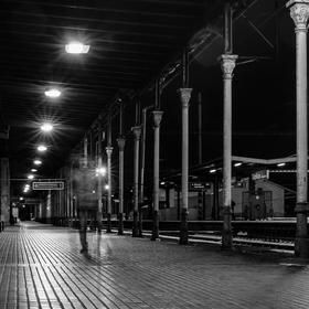Duch na vlakovém nádraží