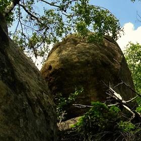 Ve skalách