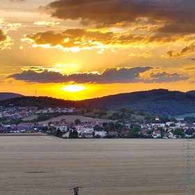 Západ slunce u Drásova
