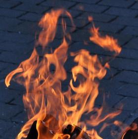Pouliční ohniště