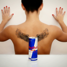 Redbull vám dává křídla