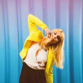 Žlutá@modrá