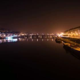 Noční Praha po prvé ranní