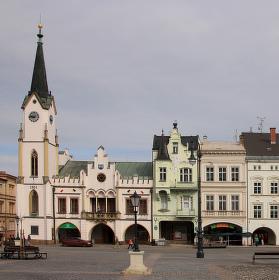 Krakonošovo náměstí.
