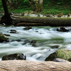 Bouřlivý potok