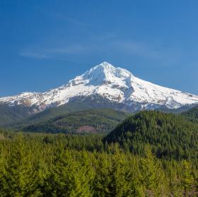Mt. Hood (3,429m)