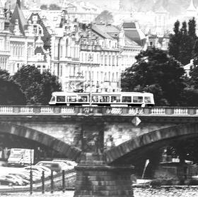 Pokus s tramvají
