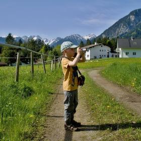 Malý fotograf v Tyrolsku