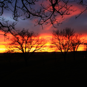 Skoro až dramatický západ slunce