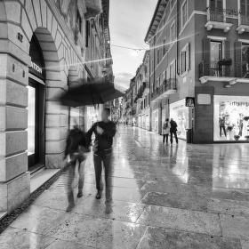 láska mezi kapkami deště - Verona