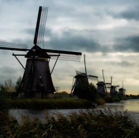 Větrné mlýny u Kinderdijku