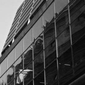 Ve stínu moderní architektury...