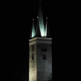 Noční věž