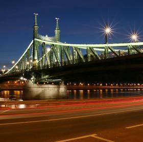 Most svobody Budapešť