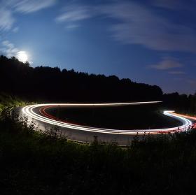 Úplňková závodní dráha