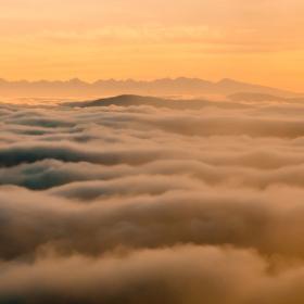 Východ slunce nad západními Tatrami