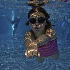 Pod vodou IV.