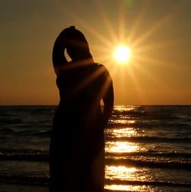 Slunce přichází .....