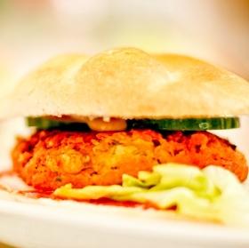 Falafelový burger