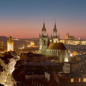 Pražské večerní pohledy