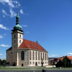 Kostel Nanebevzetí Panny Marie v Mostě